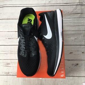 Nike air zoom Pegasus 34 flyease size 12 black